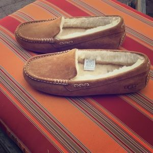 Moccasin UGG slippers